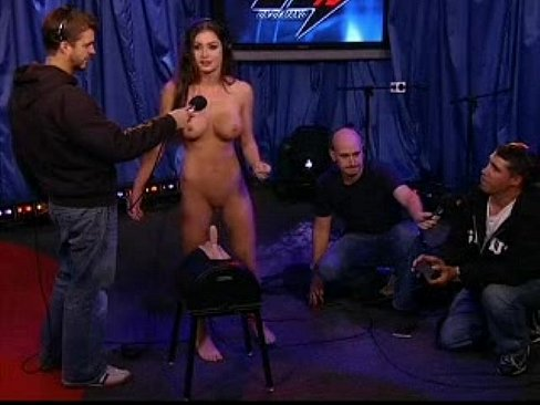 nude-pictures-howard-stern-show