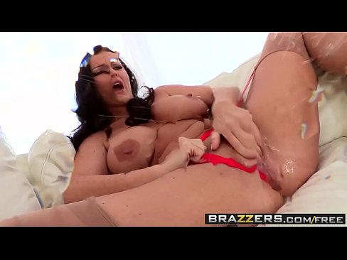 Brazzers - Shes Gonna Squirt - Squirts and Stockings scene starring Sophie Dee and Erik Everhard