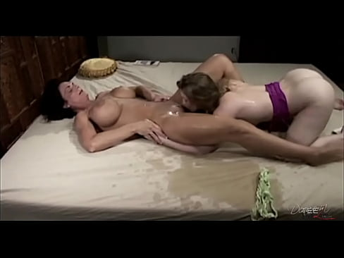 Deauxma has huge squirting orgasms with Sunny Lane.