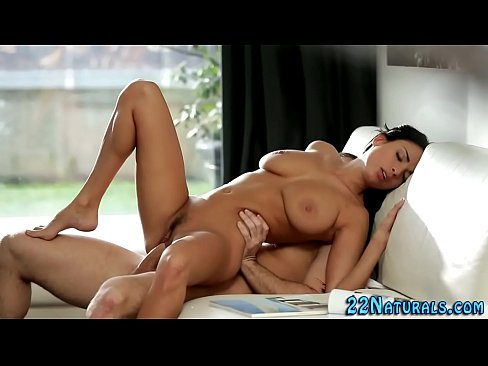 amateur babe in stockings playing with her shaved pussy