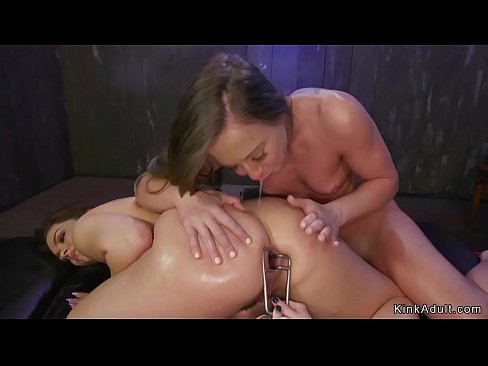 Three lesbians anal gaping and fucking