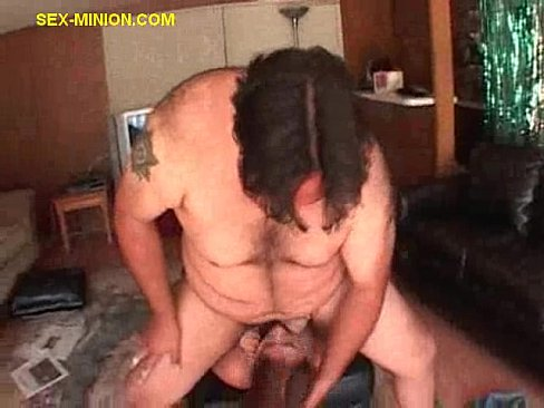 Guy Gets booty