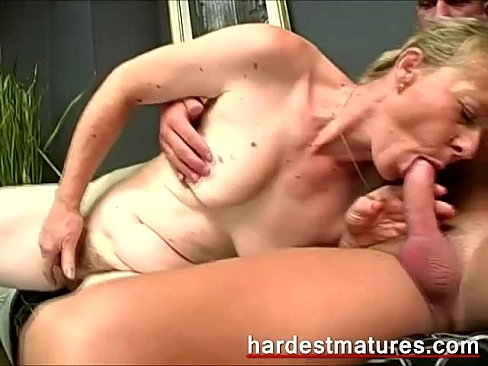 Mature tranny fucks with chinese boy