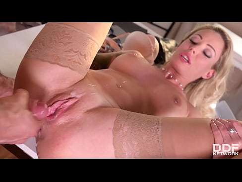 Sexilicious Isabelle Deltore Opens Up and Says Ahhh for Her Doctor