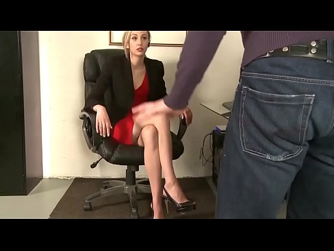 Clip sex Lick Boss to keep your Job