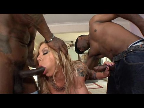 Ebony Anal Squirt Threesome Hd
