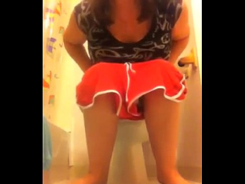 Sorry, Amature teen girls pooping photos