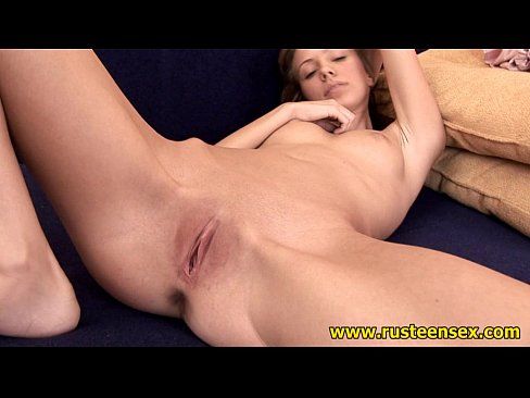Clip sex Russian shaved pussy