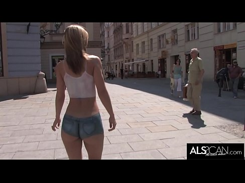 Fit Girl Gets Nude in Public Wearing Body Paint