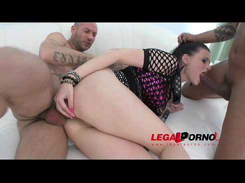 Alice Nice 4on1 mini gangbang with DAP & pee SZ792