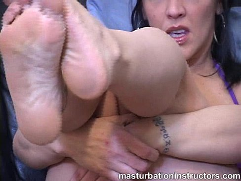 Milf donna andmore teases a cock
