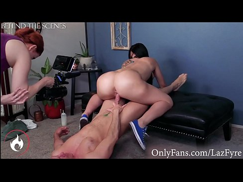 Big Ass PAWG Mandy Muse Rides Laz Fyre on OnlyFans