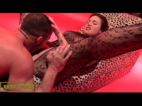 Girl fucked squirting