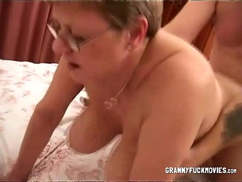 Granny big bouncy boobs