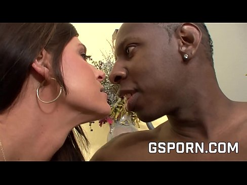 A big black cock to fuck the sexy milf India Summer