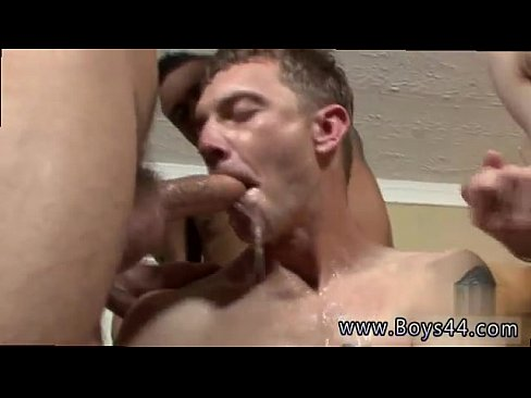 Hot gay oral and cumshot