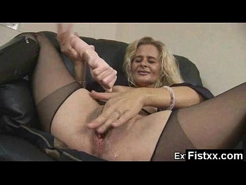 Whooping Fisting Milf Naked Hot