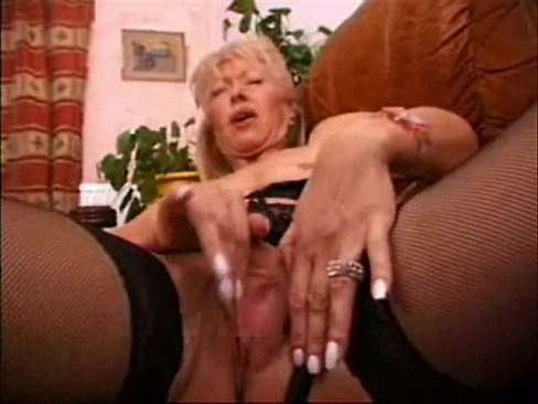 Amateur Mature Wife Masturbating 2