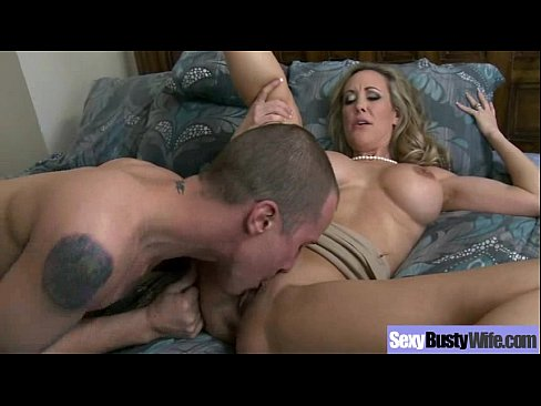 Busty Housewife Love Hard Sex On Camera mov-02