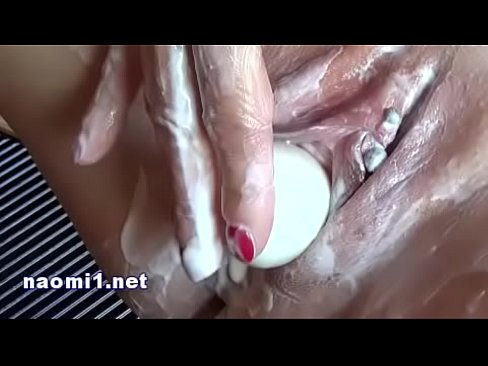 cover video Food And Piss F or Extrem Sex By Naomi y Naomi