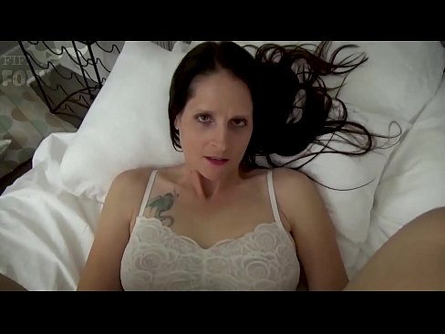 Clip sex Mom & Son Share a Bed - Mom Wakes Up to Son Masturbating - POV, MILF, Family Sex, Mother - Christina Sapphire