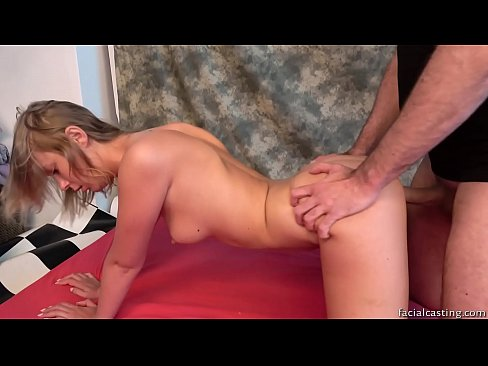 Clip sex Model tries porn for the first time, shocked by facial cumshot
