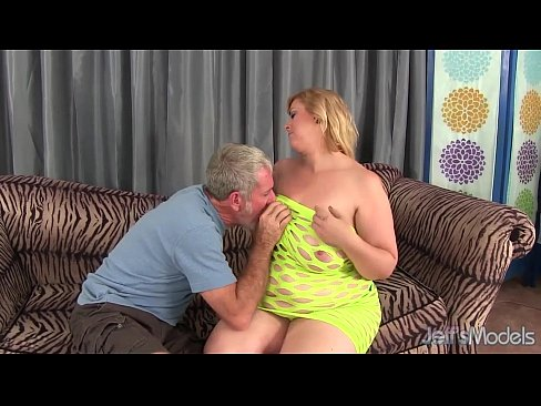 Big titty plumper amazon darjeeling gets her asshole drilled 7