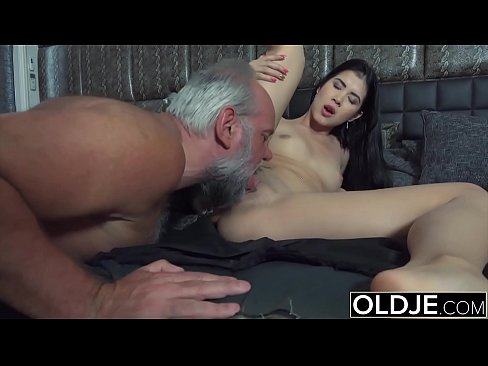 Old Dick Cums On Pretty Teen Face Xvideos Com