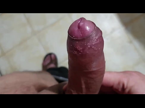 girl eating a creampie