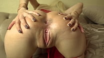 Teen Spreading Sexy Pussy And Ass