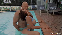 Sneaky Pool Sex / Brazzers  / download full from http://zzfull.com/poo