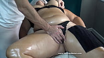 Sorry if She is your Wife or your Mom but her Big Booty make Masseur Horny