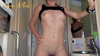 A girl with a perfect figure and small breasts, went to the toilet and decided to masturbate her wet pussy to a strong orgasm. Anna Mole