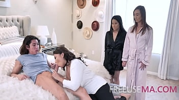 Son Freeuses Asian Mom And Every Woman In The Family As The Man Of The House
