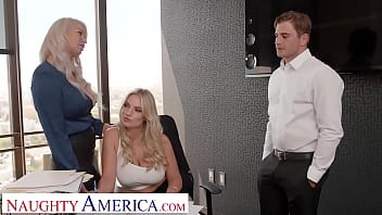 Naughty America - London River & Rachael Cavalli have hot threesome in the office with their co-worker in order to leave early for Labor Day