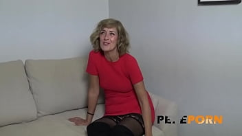 Experienced Mature Blonde Teaches A Young Dude A Good Lesson