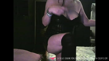 Sellyoupanties - Belgian amateur MILF getting naked and masturbating to tease you