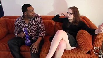 Stud Rome Major Fucks Her Roomie's Thick Legged Sister On The Couch!
