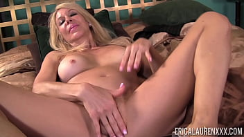 Mature Blonde Lady Erica Lauren Rubs Wet Pussy And Orgasms 3 min