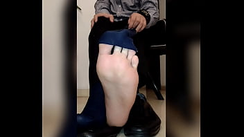 worked shows his feet on slow camera