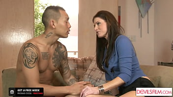 India Summer Gets Caught While Anal Fucking Her Stepdaughter's BF 13 min
