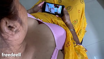 Indian sister watching blue film and Ready to Sex with Brother 13分钟