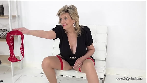 Lady Sonia wants you to sniff her wet panties