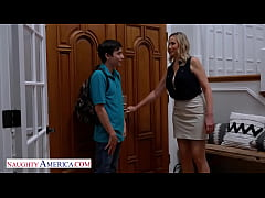 Naughty America - Lilly James is one hot seduct...